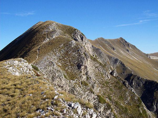 Due opere sui monti Sibillini di Angelo Maurizi