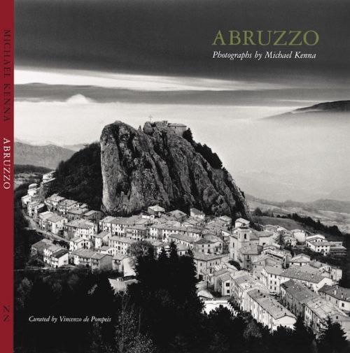 L'Abruzzo di Michael Kenna sbarca a Milano
